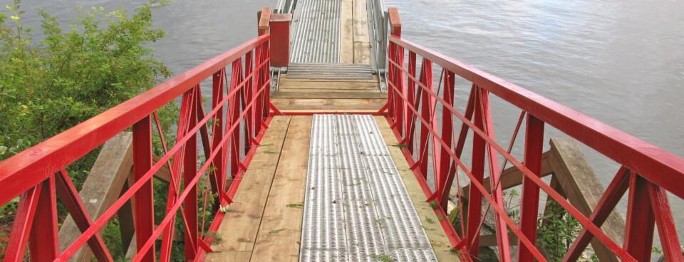 Slider 3 – Saltery Bay Gangway